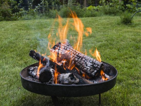 Die richtige Pflege für die Feuerschale